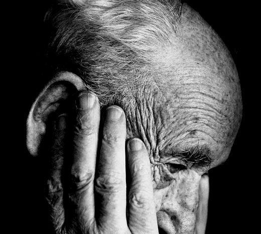 Hearing Loss and Alzheimer's Disease