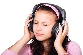 Is Your Teen at Greater Risk For Hearing Loss?